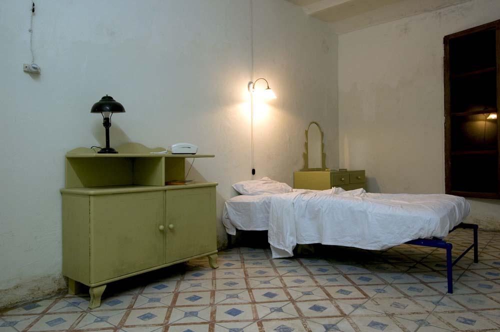 the desert room 02